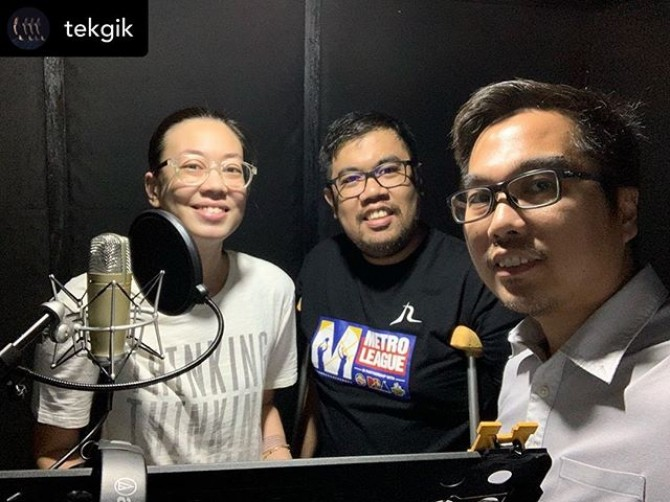 In progress project. Showing on the big screen soon! __ Posted @withrepost • @tekgik VO recording today for our on going video project . . #today #work #people #video #voiceover #director #directing #bts #behindthescenes ©️ #tekgik #imagesmithph #regiefernandome #pipho #pipho14