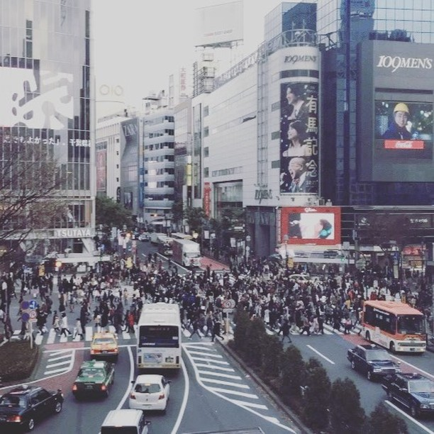Be mesmerized with this #Shibuya #Cinemagraph. Shot by <a href=
