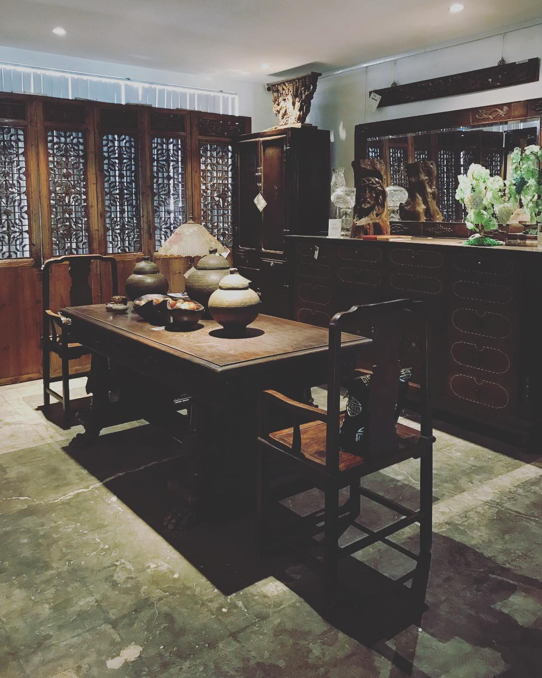 "We are glad to come back here in our ""Asian"" home decor shop client to shoot some ancient furnitures and artifacts. Some of these are really really old like several hundreds old. . . #work #bts #photoshoot #photography #productphotography #imagesmithph"