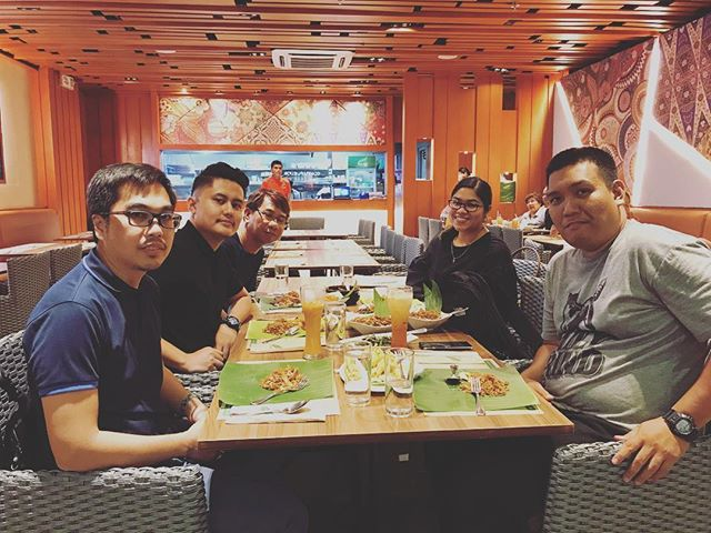 Eating time after the shoot. Great job to Imagesmith and Logika Team! #imagesmithph #work #wrapup #photoshoot #photography